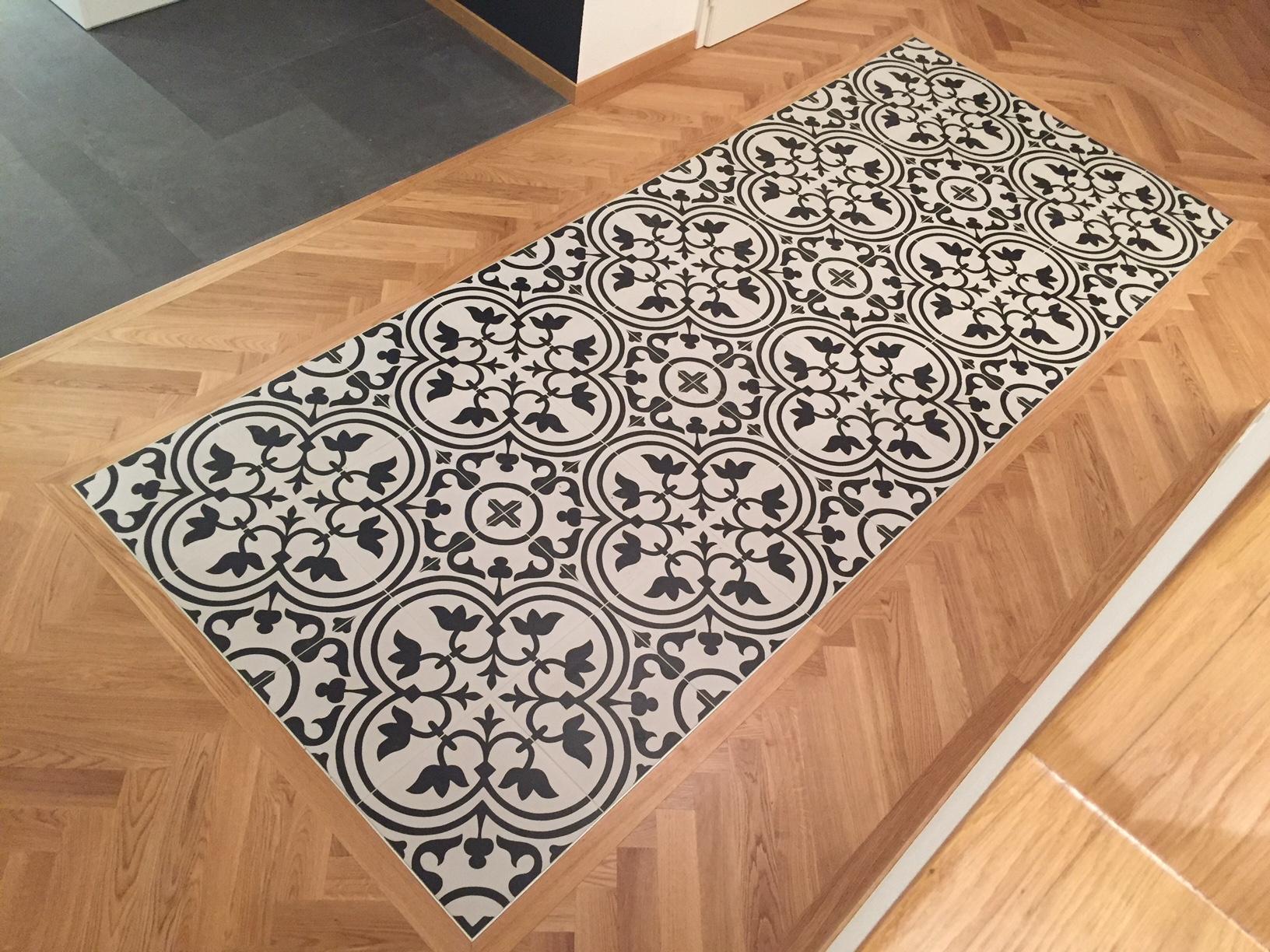 Carrelage mosaïque et parquet
